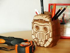 #StarLord, #Guardians_of_the_Galaxy #Holder, #Wood_Carved, #StarLord, #Pen_Star_Lord, #GuardiansoftheGalaxy, #OfficePen, #OrganizerStarLord