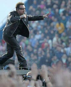 U2 - Bono, 360 Tour