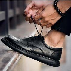 mens wedding shoes C - weddingshoes Men's Wedding Shoes, Dress Wedding, Casual Shoes, Men Casual, Fashion Shoes, Mens Fashion, Party Shoes, Types Of Shoes, Leather Shoes