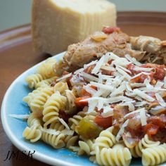 Cooks from home is an online community marketplace for buying or selling homemade food Chicken Cacciatore, Delicious Dishes, Homemade, Cooking, Ethnic Recipes, Food, Meal, Kochen, Essen