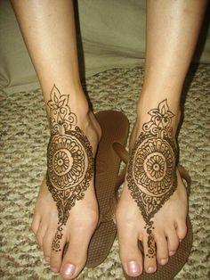 Henna design for the feet...beautiful
