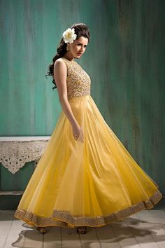 #VYOMINI - #FashionForTheBeautifulIndianGirl #MakeInIndia #OnlineShopping #Discounts #Women #Style #EthnicWear #OOTD Only Rs 1956/, get Rs 363/ #CashBack,  ☎+91-9810188757 / +91-9811438585