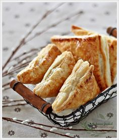 Potato Curry Puffs 马铃薯咖喱角   Anncoo Journal - Come for Quick and Easy Recipes
