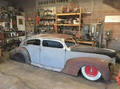 zephyr_society Rick Patterson is doing a killer job on this chop top 1939 Zephyr coupe sedan. Love the chop on it. Lincoln Zephyr, Top Cars, Kustom, Custom Cars, Cars And Motorcycles, Hot Rods, Chevrolet, Antique Cars, Classic Cars