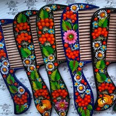 One Stroke Painting, Painting On Wood, Decoupage Table, Folk, Clay Design, Russian Art, Wood Art, Projects To Try, Arts And Crafts