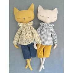 'm so pleased with my new long sleeve blouse pattern that I created the other day. If the yellow Liberty one is your favourite then don'twip 🐾 I started this about a week ago. I am a cat person (I have and I was curious to see how my doll pattern Doll Sewing Patterns, Sewing Dolls, Tilda Toy, Diy Y Manualidades, Handmade Stuffed Animals, Fox Toys, Fabric Toys, Cat Doll, Soft Dolls