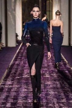 Cour De Couture Gianni Versace MnngOa61rb