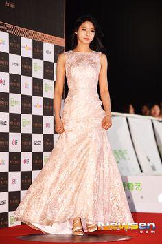 [2015.05.26] Seolhyun of AOA at the 2015 51st Paeksang Arts Awards