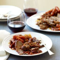 Here is a Jewish holiday classic — lightened up. Toss some potatoes in the oven with the meat to round out your meal. #recipe #WWLoves