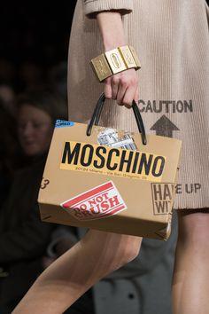 Moschino at Milan Fall 2017 (Details)