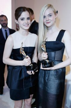 Emma Watson and Elle Fanning at the Women in Film event in LA, October 15th  TOGETHER SQUEEEEEE!