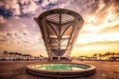 """2,971 curtidas, 13 comentários - Revista Viagem e Turismo (@viagemeturismo) no Instagram: """"A arquitetura surpreendente do Museu do Amanhã, no Rio de Janeiro! Foto: @juniorlc👏❤️🙏 #amazing…"""""""