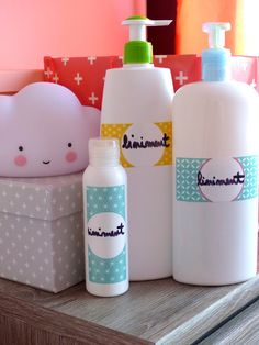 Liniment maison pour leurs petits popotins My Baby Girl, Baby Love, Baby Baby, Diy Flowers, Fabric Flowers, Beauty Care, Diy Beauty, Baby Couture, Baby Swings