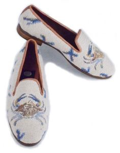 Classic needlepoint shoes for women featuring blue crabs and coral on a sand background. Brand: By Paige. needlepoint, Hand stitched, fully lined in leather, high end loafers, designed in USA. Clogs Shoes, Loafer Shoes, Kinds Of Clothes, Classic Outfits, Loafers For Women, Hand Stitching, Needlepoint, Soft Leather, Fancy