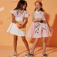 Piccole donne crescono !  #happycollection #happygirls #favola  #kidsshowroom  #kidsshooting #tgbrandshow  #fendikids  #fun  #monsters  #happymoments  #ss17