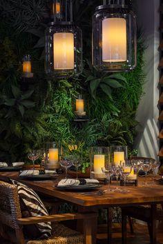 La table élégante de la collection Black Palms#RLHome illumine l'événement annuel de soutien Dining By Design de la DIFFA contre le VIH/SIDA.#DBD2016