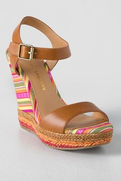 The Chinese Laundry, Mahalo Wedge looks like a vacation! These sandals feature colorful textile and jute wrapping for a colorful summer look!