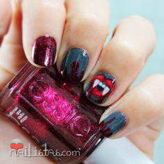 Vampire & Blood Nail art for Halloween    Nailistas: Uñas decoradas con dientes de vampiro y sangre   #ManisdeHalloween