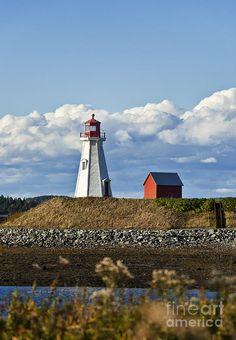 ✮ Mulholland Lighthouse, New Brunswick, Campobello, Canada