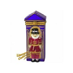 London Palace Guard Beefeater Limoges Box by Beauchamp |... ❤ liked on Polyvore featuring home, home decor and limoges box