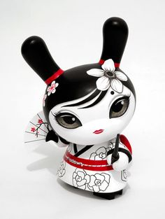 """""""Hitomi"""" the Geisha Dunny from Otto Björnik"""