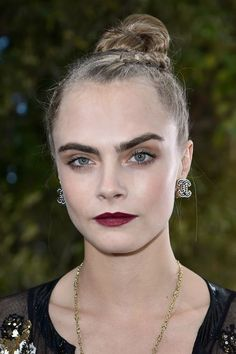 Craving a berry lip? Cara Delevigne offers inspiration. #beauty #women #celebrity