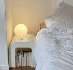 Room Ideas Bedroom, Bedroom Decor, Bedroom Bed, Bedroom Colors, Wall Decor, Appartement Design, Aesthetic Room Decor, Apartment Interior, Dream Rooms