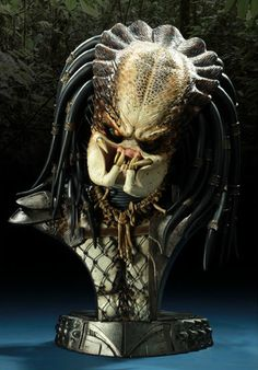 Sideshow Collectibles / Predator Bust