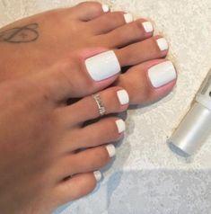 Toe Nails White, Gel Toe Nails, Acrylic Toe Nails, Simple Toe Nails, Pretty Toe Nails, Summer Toe Nails, Cute Toe Nails, Feet Nails, Pretty Toes