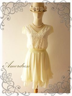 Floral Charm...Cream Lacy