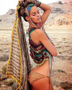 Enjoy The Kiss: Amazing Burning Man