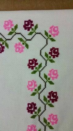This Pin was discovered by Nad Cross Stitch Boarders, Cross Stitch Rose, Cross Stitch Flowers, Cross Stitch Designs, Cross Stitching, Cross Stitch Embroidery, Embroidery Patterns, Hand Embroidery, Cross Stitch Patterns