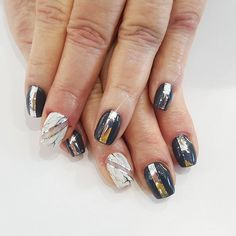 Marble with some chrome. #nailguytv #nailart #chrome #marble #colorclubgel #notd #nailswag #nailporn
