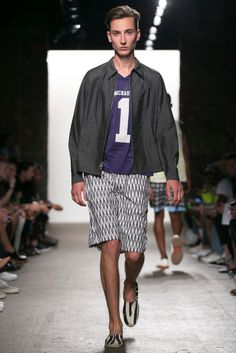 A look from the Mark McNairy New Amsterdam Spring 2015 RTW collection.