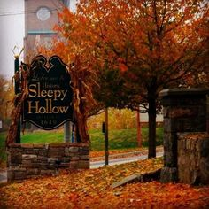 Sleepy Hollow, New York with Guest Ghoul Matthew Woods - Spooky Little Halloween Autumn Aesthetic, Seasons Of The Year, All Nature, Fall Pictures, Fall Halloween, Happy Halloween, Halloween Pics, Halloween Horror, Halloween 2018