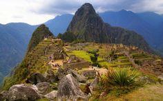 Η αρχαία πόλη Μάτσου Πίτσου που βρίσκεται στο νότιο Περού είναι το αντιπροσωπευτικότερο δείγμα του πολιτισμού των Ίνκα, που χάθηκε με απότομο τρόπο και που η εξέλιξη του ήταν και θα παραμείνει θέμα συζήτησης.