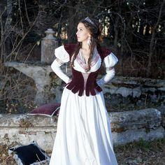 Great quality natural velvet bodice with lacing. Amazing period or fantasy vest for your Renaissance or medieval wardrobe.Worldwide shipping available