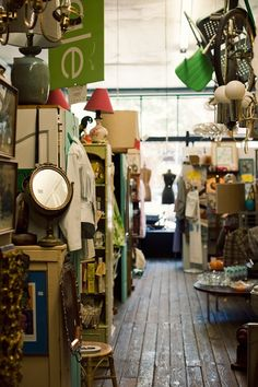 Lovely Undergrad: Lovely Undergrad's Top 10 Tips for Thrifting & Antiquing