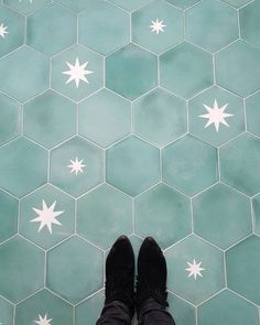 The shape of these tiles is lovely - could fit with current colour palette Cement Tiles Bathroom, Morrocan Tiles Bathroom, Moroccon Tiles, Downstairs Bathroom, Bathroom Inspiration, Home Decor Inspiration, Kitchen Flooring, Bathroom Flooring, Kitchen Walls