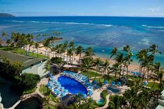 Kahala Hotel and Resort - Showcasing a private lagoon complete with dolphins, The Kahala Hotel & Resort offers a serene setting that is ideal for a relaxing stay in Honolulu. It also provides a sauna, a private beach and a Jacuzzi.