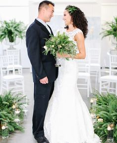 Ferns are the new succulents. But seriously, lately ferns are all over the wedding scene. (Think Sean Parker's enchanted Fern Wedding, Simple Wedding Gowns, Wedding Scene, Wedding Flowers, Dream Wedding, April Wedding, Eucalyptus Wedding, Fern Bouquet, Wedding Trends