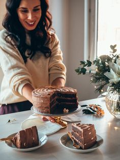 Chocolate Bonbon, Tiramisu, Easy, Food And Drink, Ethnic Recipes, Christmas, Winter, Cake Toppers, Chocolate Dome