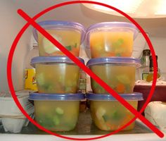 The Best Way to Freeze Single Servings of Soup...I knew there was a better way to do this than buying containers, so happy I found it.  Will make lunches for a non-sandwich eater much easier!