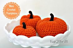 DIY Halloween : DIY Mini Crochet Pumpkins + Pattern DIY Halloween Decor