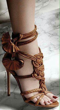 Moda High Heels Sandals www.ScarlettAvery.com