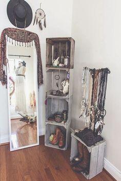 Elegance chic bohemian bedroom design ideas (81)