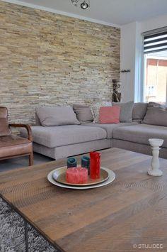 Binnenkijken in ... een huis met een moderne doorkijkhaard in IJsselstein na STIJLIDEE Interieuradvies en Styling via www.stijlidee.nl