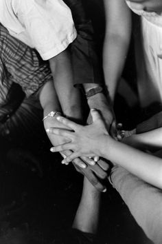 At a safe house in Montgomery Ala freedom riders pray after being rescued from First Baptist Church Freedom Riders, The Freedom, Pray For Peace, Peace And Love, Life Pictures, Stock Pictures, Civil Rights Movement, Martin Luther King, Time Photo