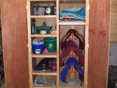 really diggin this tack locker, except i dont need allllll that room... do I?? :)