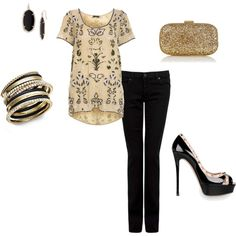 this is a gorgeous outfit with black denim, gorgeous black heels, where this amazing bluse, with party accessories is perfect for a special night with friends, a b-day party... a wedding-shower...